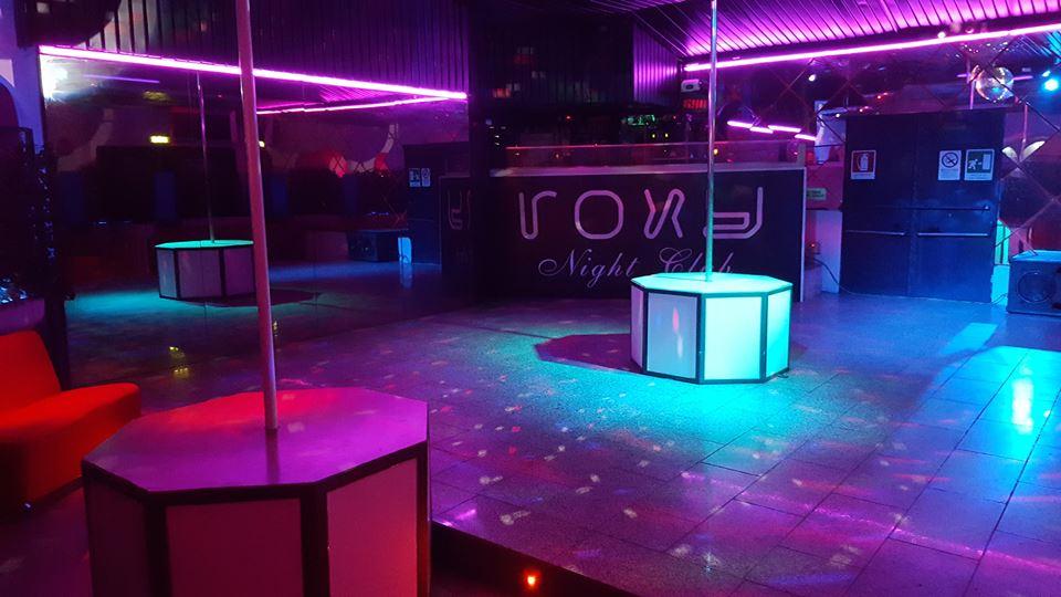 Night club terni roxy escada night lavoro night club e - Bagno 01 san benedetto po ...