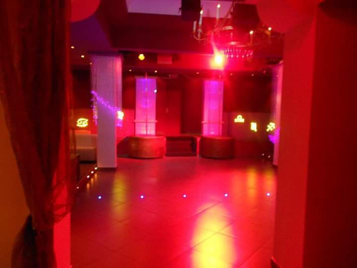 LAVORO NIGHT CLUB VITERBO ROMA