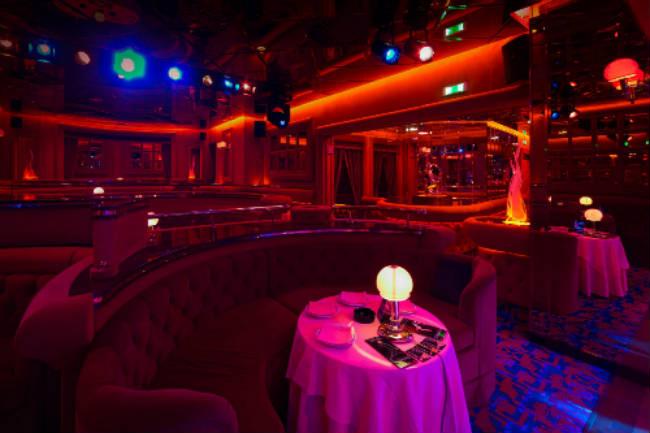 cluburi de noapte milano animatoare