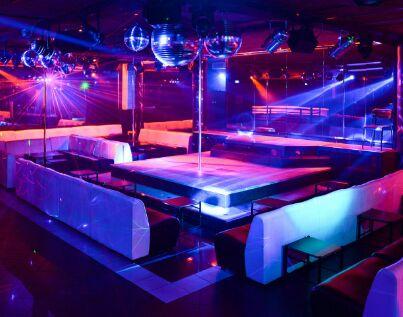 NIGHT CLUB LAP DANCE CUNEO