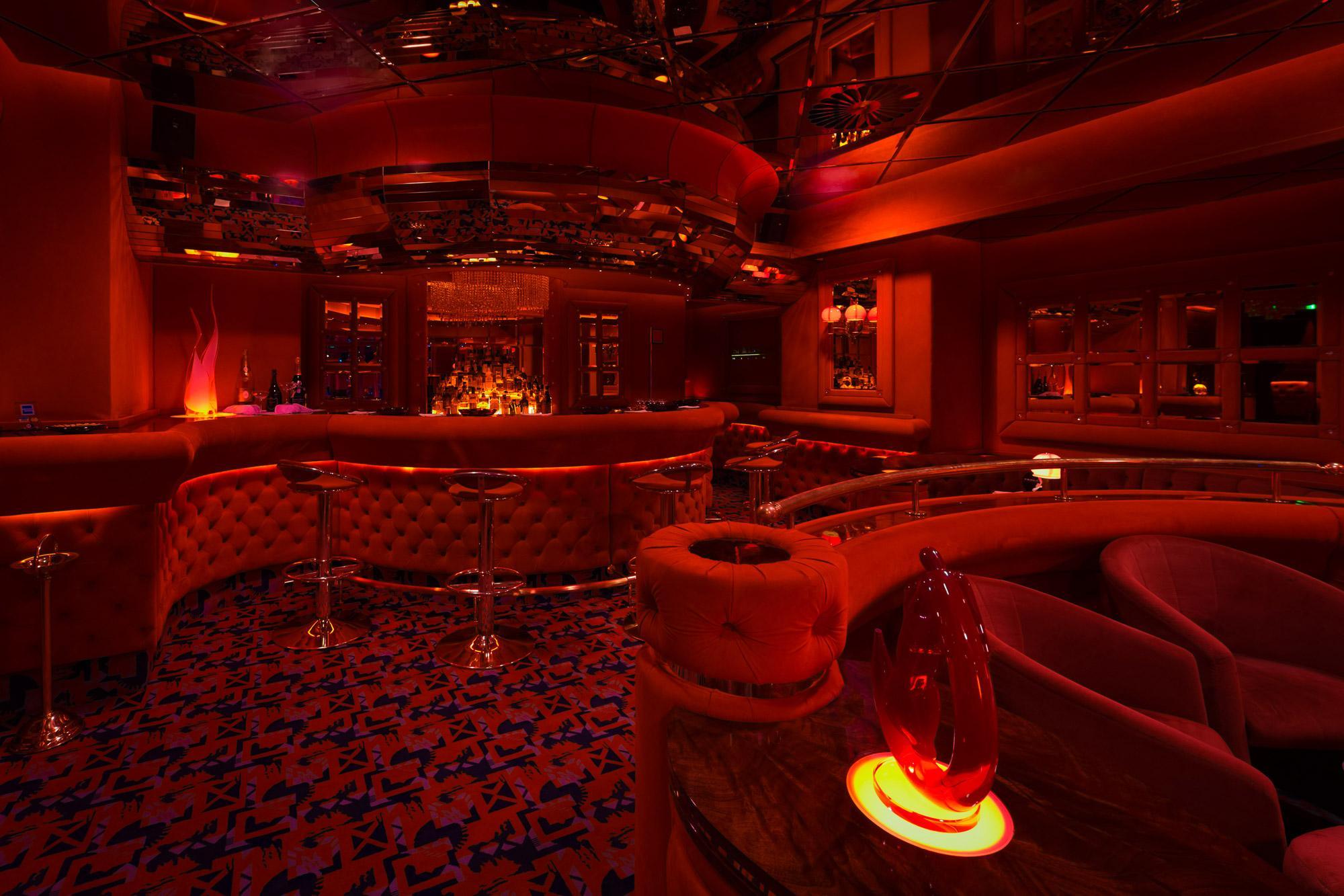 cluburi de noapte milano