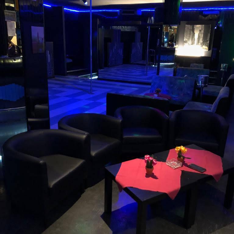 Manhattan night club